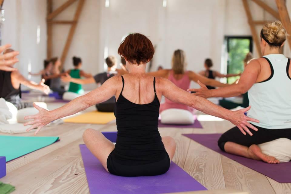 yoga uddannelse aalborg